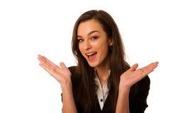 Porträt der aufgeregten jungen Geschäftsfrau lokalisiert über weißem BAC Stockfoto