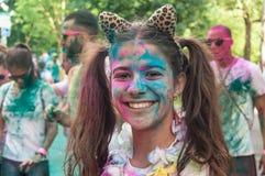 Porträt der Frau mit Lächeln bei Colore Mulhouse 2017 Stockfotos
