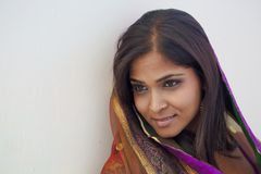 Porträt der indischen Frau lizenzfreies stockfoto