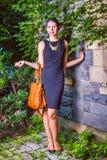 Porträt der jungen amerikanischen Geschäftsfrau Stockfoto