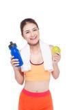 Porträt der jungen attraktiven asiatischen Frau mit grünem Apfel und des BO Lizenzfreies Stockbild
