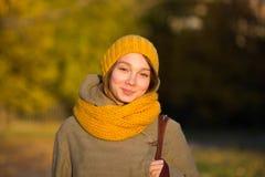 Porträt der jungen Frau lizenzfreie stockbilder