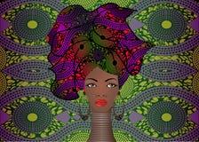 Porträt der jungen schwarzen Frau in einem Turban Animations-Afrikanerschönheit Vector die Farbillustration, die auf einem Batikh stock abbildung