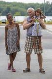 Porträt der multiethnischen Familie von Guayaquil, Ecuador stockfotos