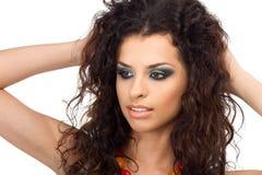 Porträt der schönen jungen Frau lokalisiert auf Weiß Stockbilder