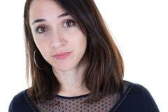 Porträt der schönen jungen Frau lokalisiert auf Weiß in der Nahaufnahme lizenzfreie stockfotos
