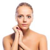 Porträt der Schönheit. Lokalisiert auf Weiß Lizenzfreie Stockfotos