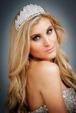 Porträt der Schönheits-Königin-tragenden Tiara. Lizenzfreies Stockfoto