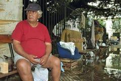 Porträt des argentinischen obdachlosen alten traurigen Mannes Stockfotos