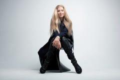Porträt des emotionalen blonden Mädchens Stockfoto
