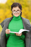 Porträt des jungen Lehrers Stockfotografie