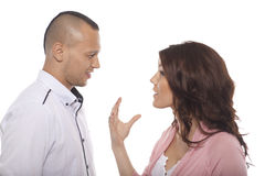 Porträt des jungen Paar-Gespräches lizenzfreies stockfoto