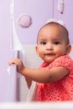 Porträt des kleinen Mädchens des kleinen Afroamerikaners - schwarze Menschen Lizenzfreies Stockfoto