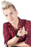 Porträt des Mannes im Rot mit Schere Stockfotografie