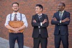 Porträt des multi ethnischen Geschäftsteams Stockfoto