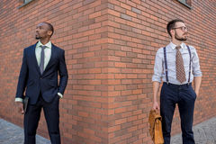 Porträt des multi ethnischen Geschäftsteams Lizenzfreie Stockfotos