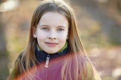 Porträt des netten kleinen Mädchens Stockfotografie