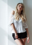 Porträt des schönen jungen modernen Mädchens Stockfotos