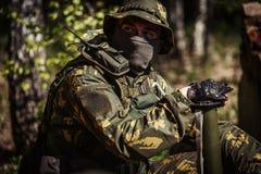 Porträt des Soldaten in den Uniformen Lizenzfreie Stockfotos