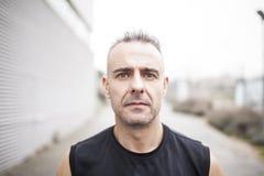 Porträt des Sportmannes stockbilder