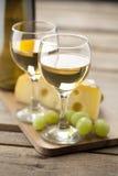 Porträt des Weins mit Trauben Stockbild