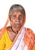 Porträt einer alten Frau, ältere indische Frau Stockbilder