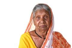 Porträt einer alten Frau, ältere indische Frau Stockfotografie