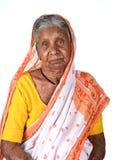 Porträt einer alten Frau, ältere indische Frau Stockbild