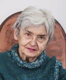 Porträt einer alten Frau stockbilder