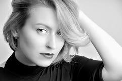 Porträt einer blonden Mädchennahaufnahme Stockbilder