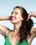 Porträt einer Frau von mittlerem Alter mit Brown-Haar Stockfotografie