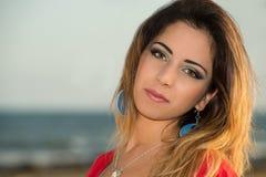 Porträt einer jungen Frau Lizenzfreies Stockfoto