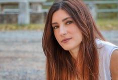 Porträt einer jungen Schönheit stockfotografie