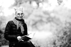 Porträt einer jungen Schönheit blond Stockfotografie