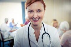 Porträt einer Krankenschwester Stockbild