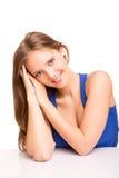Porträt einer lächelnden jungen Frau Stockbilder