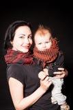Porträt einer Mutter und des Punkrocks des kleinen Jungen Stockfoto
