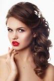 Porträt einer schönen Modebraut, süß und sinnlich stockfotografie
