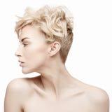 Porträt einer Schönheit mit sauberer Haut stockbilder