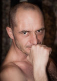 Porträt eines erwachsenen Mannes Stockfotos