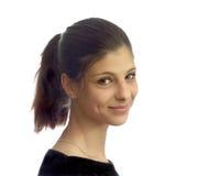 Porträt eines jungen Mädchens mit dem dunklen Haar Lizenzfreies Stockfoto
