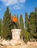 Porträt eines jungen Touristen in Athen, Griechenland Stockfotografie