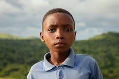 Porträt eines Kindes auf der Garten-Straße, Südafrika Lizenzfreie Stockfotografie