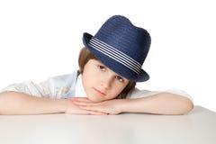 Porträt eines kleinen Jungen in einem Hut Lizenzfreie Stockbilder