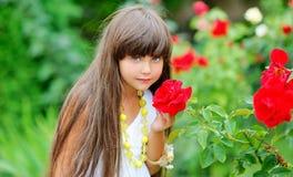 Porträt eines kleinen Mädchens Stockfoto