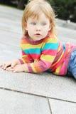 Porträt eines kleinen Mädchens Lizenzfreies Stockfoto