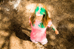 Porträt eines Mädchens für indisches Festival von Farben Holi Lizenzfreie Stockfotografie