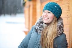 Porträt eines Mädchens im Winter Stockbild