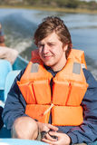 Porträt eines Mannes in der Schwimmweste Stockbild