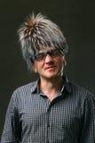 Porträt eines Mannes in einem Zauberhut Stockbild